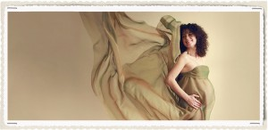 pregnant mama wrapped in green fabric. Maternity Photographer Battersea